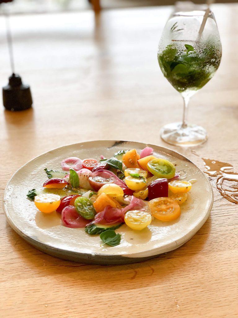 山のテーブル 冷菜